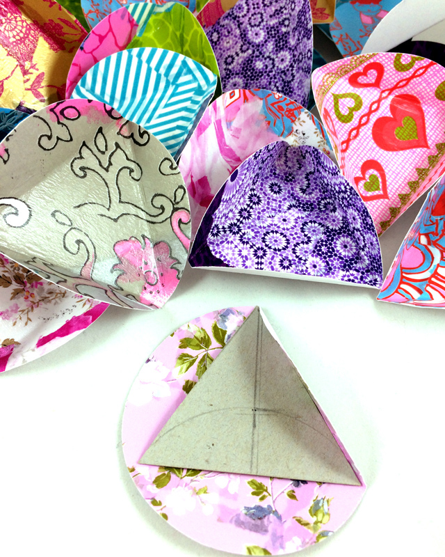 folding in triangles